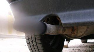 Kontroly kouřících aut přímo v provozu se rozšíří. Přibyly dva mobilní přístroje