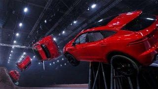 Jaguar E-Pace předvedl výkrut jako stíhačka