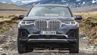 Jak jezdí obři? BMW X7 a Mercedes GLS zahrnou svou posádku totálním komfortem