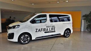 Opel Zafira Life se poprvé ukázal v Česku. Byli jsme u toho