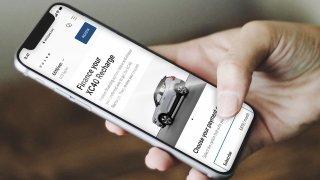 Automobilky chtějí čím dál více prodávat auta po internetu. Důvod se zákazníkům vůbec nebude líbit