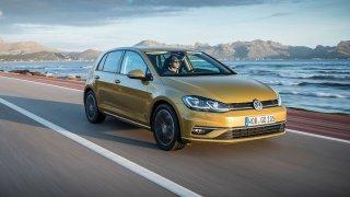 Německým autům se v USA daří příliš. Trump je chce zakázat
