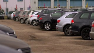 Autobazar: Volkswagen Tiguan a Touran