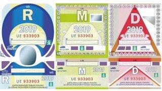 Poslanci schválili elektronické dálniční známky. Zdražovat se nebudou