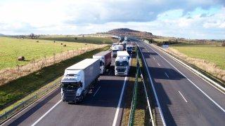 Ministerstvo dopravy připravuje zákaz vjezdu kamiónů na silnice druhých a třetích tříd