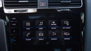 VW Golf 1.5 TSI Evo interiér 1