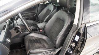 Ojetý Volkswagen CC interiér 5
