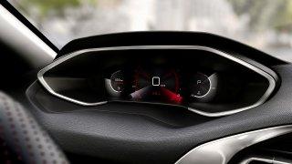 Nedostatek čipů nutí automobilky k improvizaci. Peugeot udělal u modelu 308 nečekanou věc