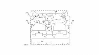 Toyota vyřešila černou díru mezi sedačkami 2
