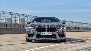 BMW M8 Competition 4