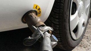 Jezdíte na LPG? Doplňte si zimní směs.