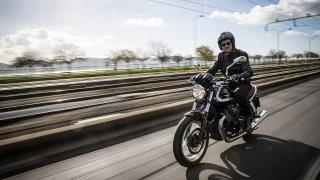Motorkářské novinky z Itálie míří na český trh. Potěší fanoušky supersportů, naháčů i skútrů