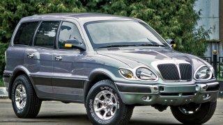 Že je Fiat Multipla nejošklivější auto na světě? Tak to jste ještě neviděli tohle ruské SUV