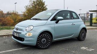 Test Fiatu 500 Hybrid Launch Edition: Malý Ital si drží styl, přitom jde stále s dobou