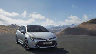 Nová Corolla Touring Sports se chystá do Paříže