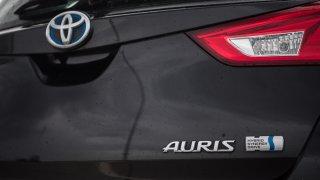 Toyota Auris Hybrid 3