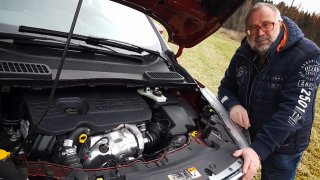 Ford Kuga  Titanium 1,5 TDCI 4
