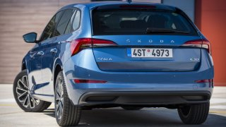 Škoda začala prodávat Scalu i Kamiq na plyn. Jde o nejslabší motor z nabídky