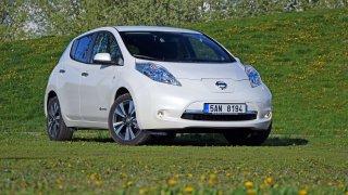 Čeští úředníci přesednou do elektromobilů