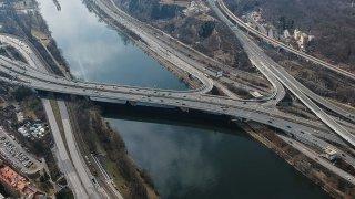 Už za pár dnů začne velká rekonstrukce Barrandovského mostu v Praze. Potrvá několik let