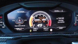 Lamborghini Urus - interiér 4