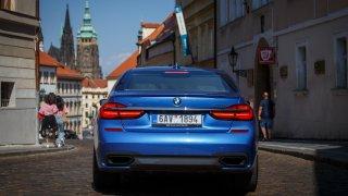 BMW 750i se stalo památkou, stejně jako pražské St