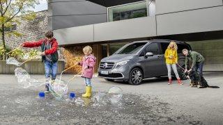 Nabídka velkých rodinných velkoprostorových vozů na našem trhu kvůli emisím nepěkně prořídla