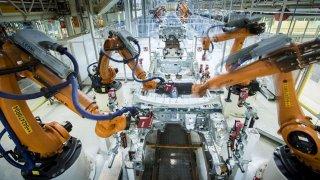 Roboti v továrně Seat Martorell