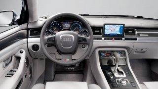 Audi S8 druhé generace 2