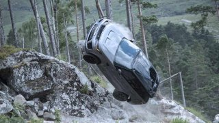 James Bond a Land Rover