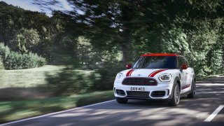 MINI John Cooper Works Countryman 4