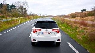 Toyota začíná v Japonsku testovat kontrolu kvality vozovek