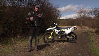 Recenze enduro motorky Husqvarna 701 v modelovém roce 2020 a rallye edici