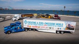 Toyota - Kenworth - nákladní automobil s palivovým
