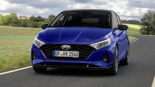 První test: Nový Hyundai i20 poráží Fabii prostorností. Skvělý je podvozek, horší litrový motor