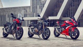 Honda vylepšila své pětistovky. Mladým motorkářům slibují ještě lepší jízdní vlastnosti