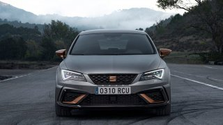 SEAT Leon Cupra R 1
