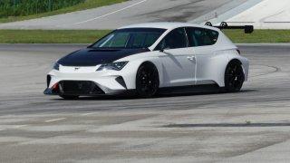 CUPRA e-Racer testy na okruhu v Chorvatsku