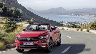 Volkswagen T-Roc Cabriolet přijíždí do Česka jako nejlevnější kříženec SUV a kabrioletu