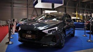 Nový soupeř Fabie od Hyundaie nebo vytuněné škodovky. Pražská Autoshow právě probíhá