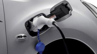 PSA elektrifikuje užitkové vozy