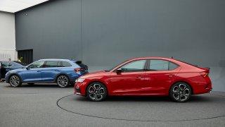 Škoda zveřejnila platy typických zákazníků pro novou Octavii RS a Scout. Kdo z vás na to má?