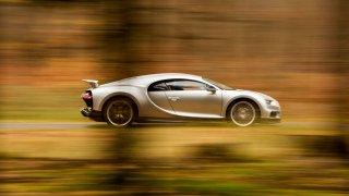 Britský magazín evo zvolil Bugatti Chiron jako hyperauto roku