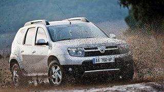 Dacia Duster si v Česku rekordně drží cenu. Desetiletá stojí stejně jako původně dvojnásob drahá SUV