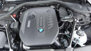 BMW 730d interiér 2