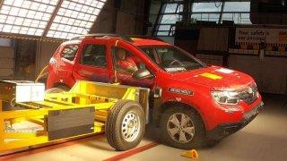 Renault Duster dostal v nárazovém testu nula hvězdiček, došlo i na únik benzinu z nádrže