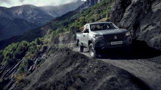 To, co Evropani přehlíží, Afričani milují. Peugeot chce dobýt kontinent levným pick-upem