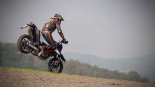 Recenze KTM 690 SMC R Supermoto
