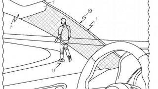 Průhledné čelní sloupky od Toyota