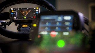 CUPRA a Ducati - digitální mozek pro šampiony